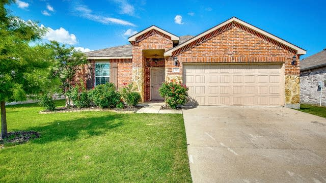 Photo 1 of 28 - 110 Abelia Dr, Fate, TX 75132