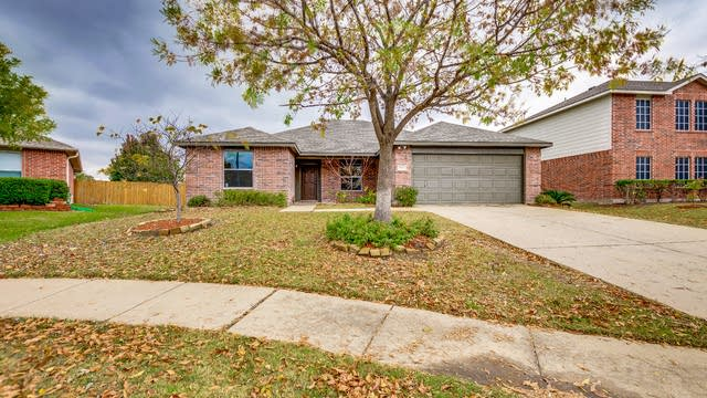 Photo 1 of 20 - 906 Bayview Dr, Wylie, TX 75098