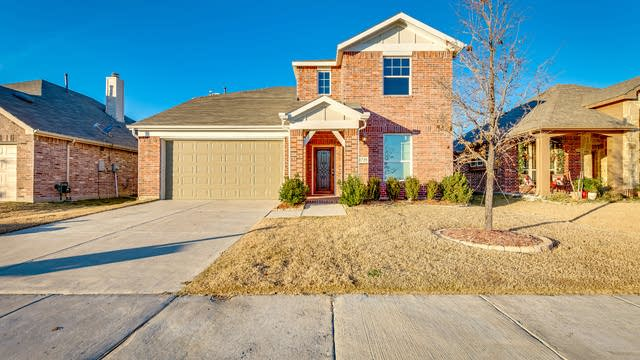 Photo 1 of 24 - 1729 Whistler Dr, Little Elm, TX 75068