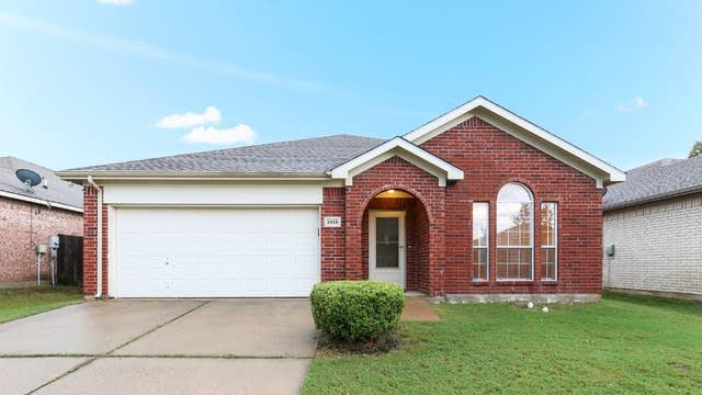 Photo 1 of 25 - 3416 Lasso Rd, Roanoke, TX 76262