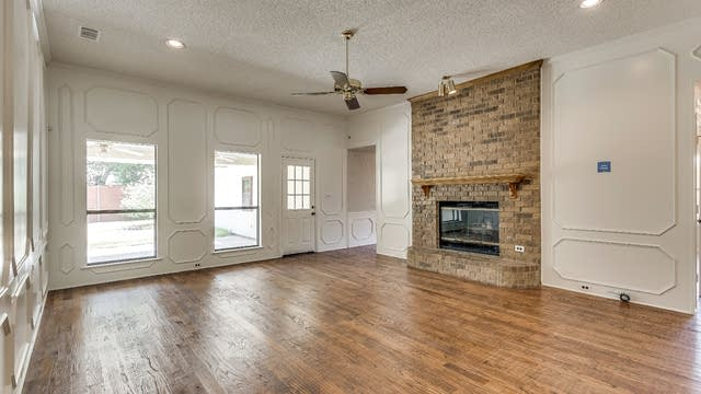 Photo 1 of 26 - 841 Parkway Blvd, Coppell, TX 75019