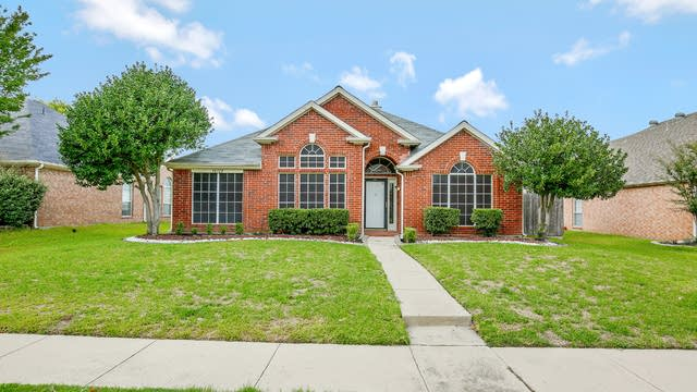 Photo 1 of 25 - 10708 Camelot Dr, Frisco, TX 75035