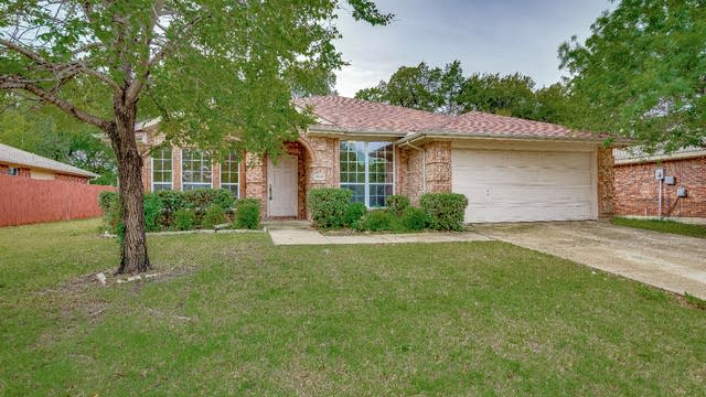 Photo 1 of 26 - 7610 Northpoint Dr, Rowlett, TX 75089