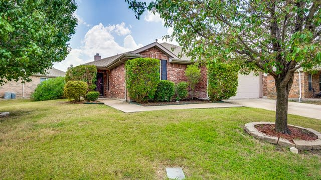 Photo 1 of 21 - 523 Colt Dr, Forney, TX 75126