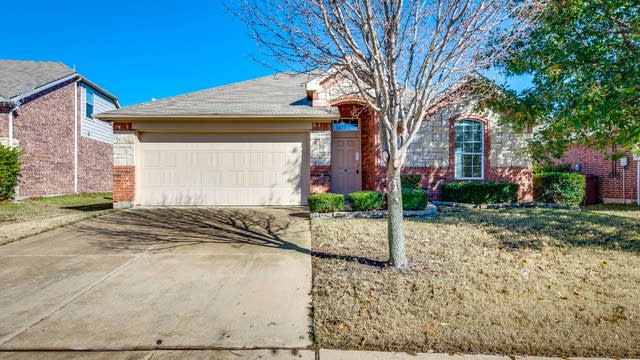 Photo 1 of 24 - 1208 Cedar Cove Pl, Royse City, TX 75189