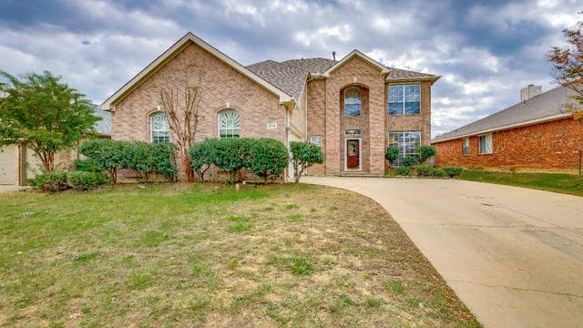 Photo 1 of 21 - 3116 Brett Rd, Corinth, TX 76210