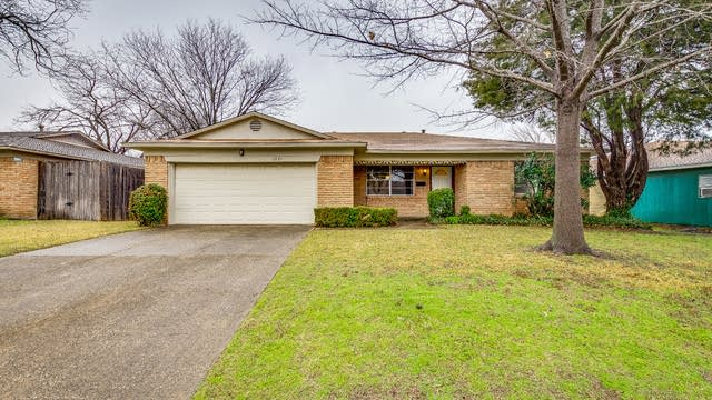 Photo 1 of 19 - 1321 Mayfield Ave, Garland, TX 75041