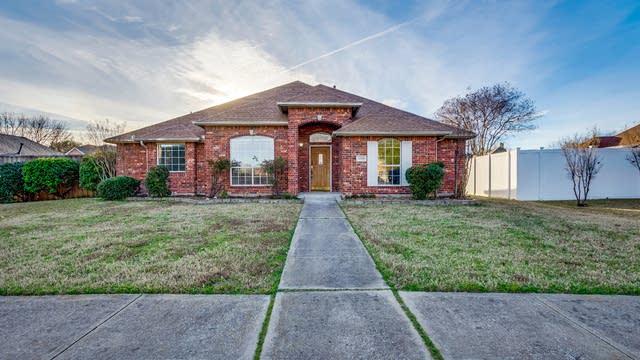 Photo 1 of 23 - 3509 Bridgewater Dr, Rowlett, TX 75088