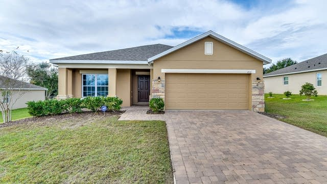 Photo 1 of 23 - 213 Bella Way, Groveland, FL 34736