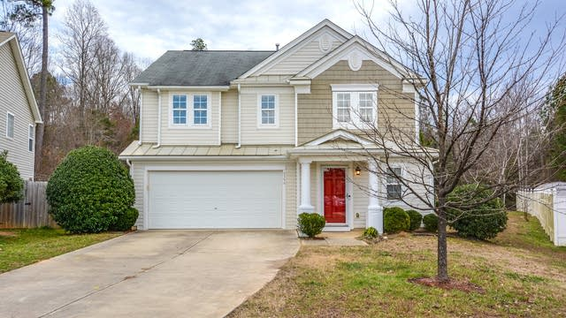 Photo 1 of 18 - 6594 Guard Hill Dr, Raleigh, NC 27610