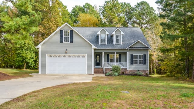 Photo 1 of 20 - 366 Jamison Dr, Raleigh, NC 27610