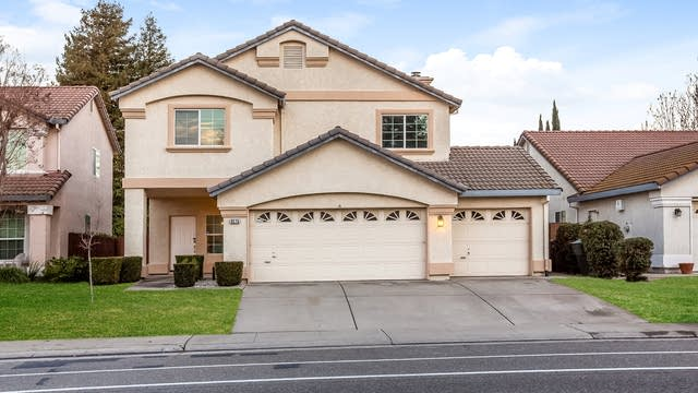 Photo 1 of 25 - 9275 Palmerson Dr, Antelope, CA 95843