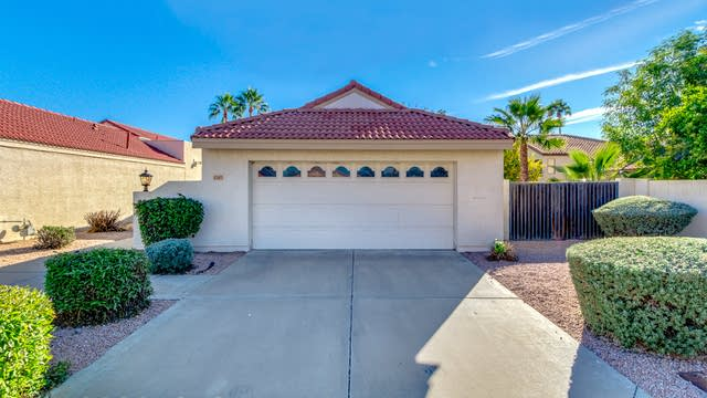 Photo 1 of 26 - 6245 E Claire Dr, Scottsdale, AZ 85254