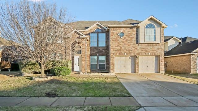 Photo 1 of 36 - 4448 Corner Brook Ln, Fort Worth, TX 76123