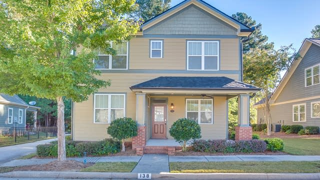 Photo 1 of 25 - 138 Mission Oak Dr, Grayson, GA 30017