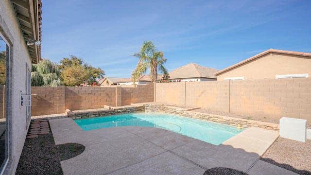 Photo 1 of 20 - 14836 W Desert Hills Dr, Surprise, AZ 85379