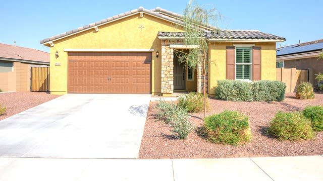 Photo 1 of 28 - 27240 N Skipping Rock Rd, Peoria, AZ 85383