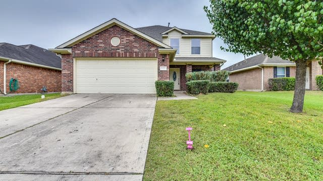 Photo 1 of 22 - 5622 Sequin Dr, Spring, TX 77388