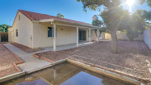 Photo 1 of 20 - 5850 E Inglewood St, Mesa, AZ 85205