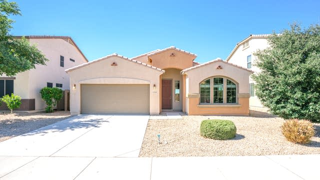 Photo 1 of 17 - 22908 N Candlelight Ct, Sun City West, AZ 85375