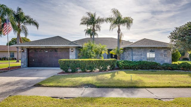 Photo 1 of 21 - 6024 Fall River Dr, New Port Richey, FL 34655