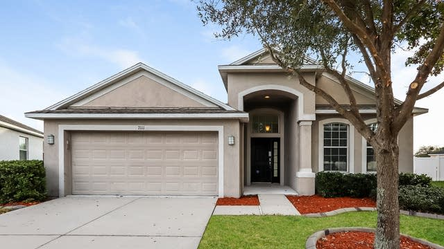 Photo 1 of 25 - 7111 Forest Mere Dr, Riverview, FL 33578