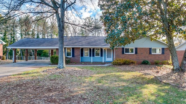 Photo 1 of 24 - 360 Crossville Ct, Roswell, GA 30076