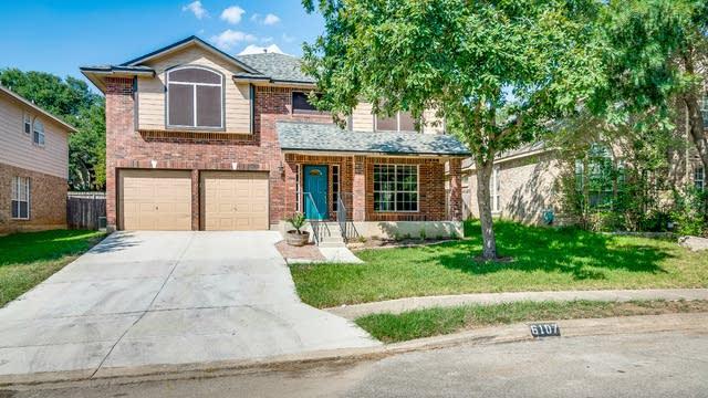Photo 1 of 33 - 6107 Oakwood Trl, San Antonio, TX 78249
