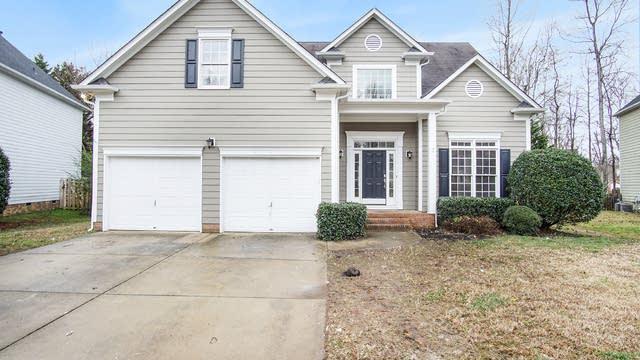 Photo 1 of 16 - 17105 Windy Oaks Ct, Charlotte, NC 28031