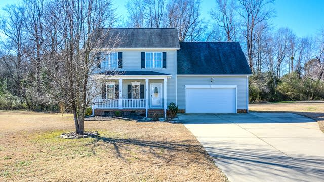 Photo 1 of 16 - 102 Gooseberry Ct, Willow Spring, NC 27592