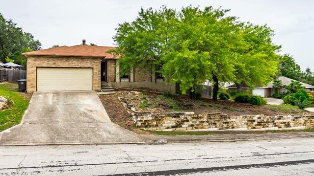 Photo 1 of 22 - 8458 Timber Loche, San Antonio, TX 78250