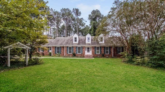 Photo 1 of 25 - 115 White Rd, Fayetteville, GA 30214