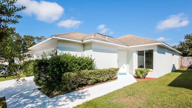 Photo 1 of 25 - 4303 Country Hills Blvd, Plant City, FL 33563