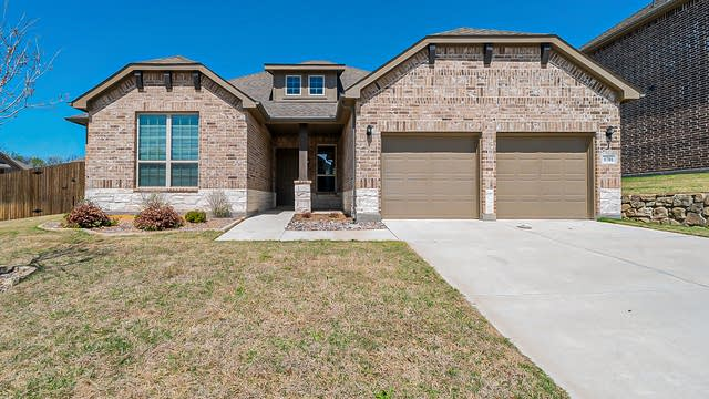 Photo 1 of 24 - 1701 Meadowleaf Ln, Wylie, TX 75098
