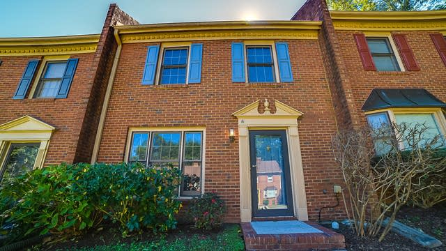 Photo 1 of 12 - 6146 Keswick Row, Tucker, GA 30084