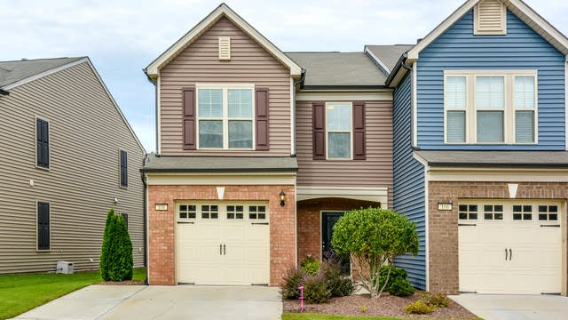 Photo 1 of 14 - 108 Comptonfield Dr, Durham, NC 27703