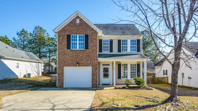 Photo 1 of 14 - 277 Stansbury Ln, Clayton, NC 27527