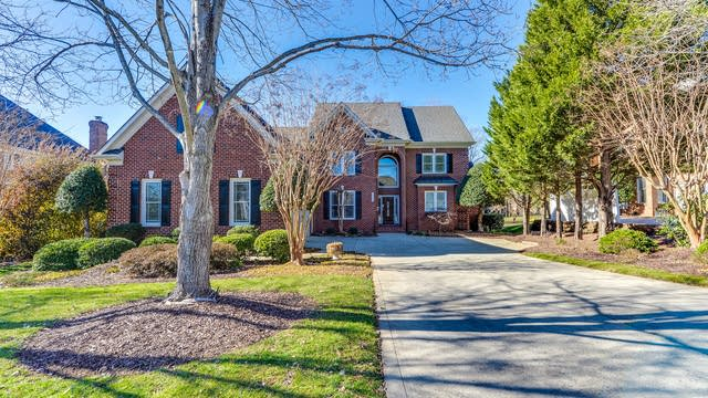 Photo 1 of 24 - 15723 Northstone Dr, Charlotte, NC 28078