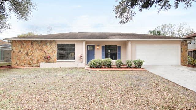 Photo 1 of 17 - 16003 Marshfield Dr, Tampa, FL 33624