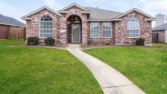 Photo 1 of 25 - 11718 Bridge St, Frisco, TX 75035
