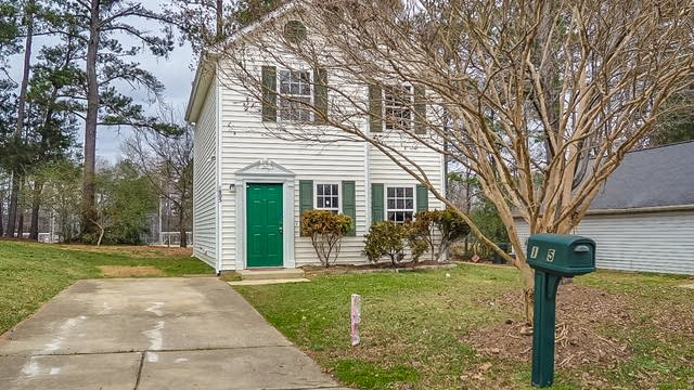Photo 1 of 18 - 1805 Elkpark Dr, Raleigh, NC 27610