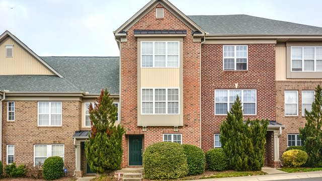 Photo 1 of 17 - 9710 Briertownes Pkwy, Raleigh, NC 27617