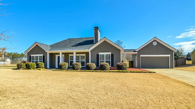 Photo 1 of 19 - 398 Safe Harbor Dr, Dallas, GA 30157