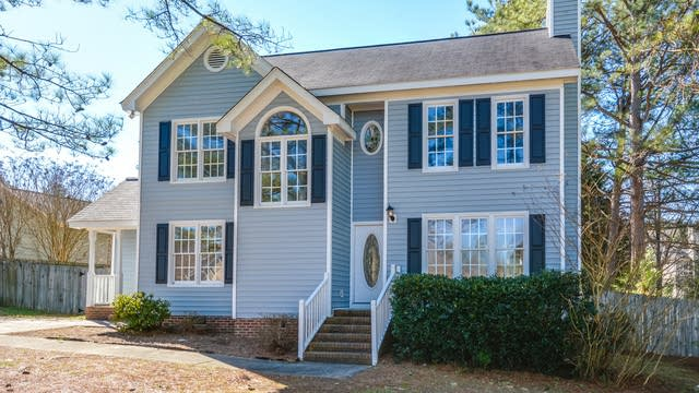 Photo 1 of 15 - 4240 Cashew Dr, Raleigh, NC 27616
