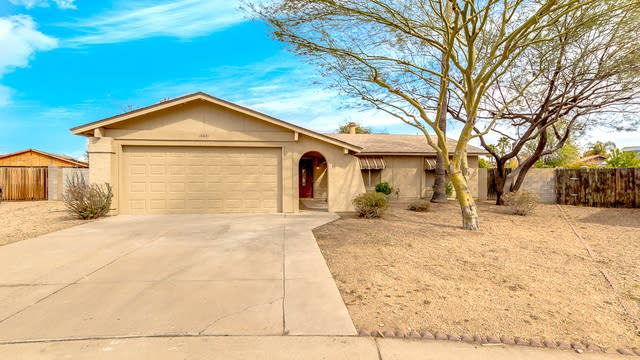 Photo 1 of 25 - 18041 N 30th St, Phoenix, AZ 85032