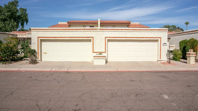 Photo 1 of 19 - 2914 W Christy Dr, Phoenix, AZ 85029