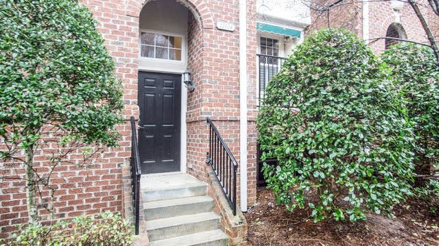 Photo 1 of 15 - 11014 Lancaster Park Dr, Charlotte, NC 28277