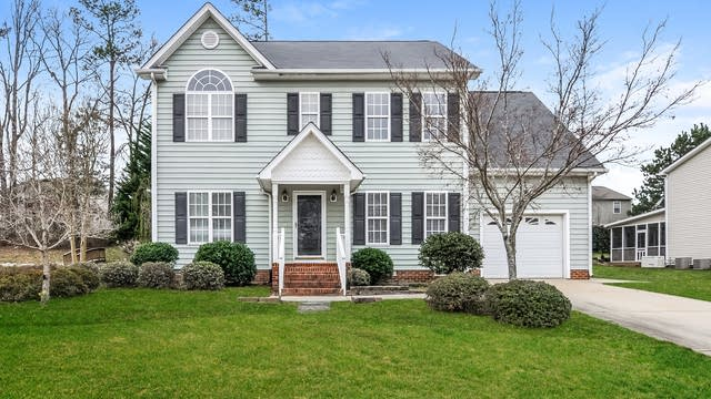 Photo 1 of 25 - 5131 Arbor Chase Dr, Raleigh, NC 27616