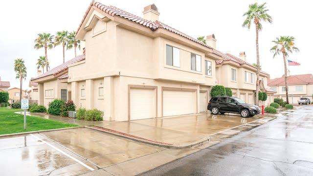 Photo 1 of 17 - 2801 N Litchfield Rd Unit 9, Goodyear, AZ 85395