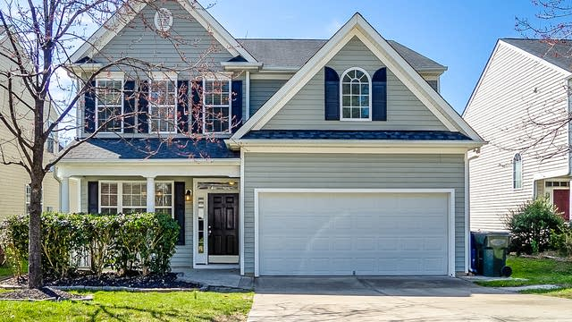 Photo 1 of 28 - 8159 Willowglen Dr, Raleigh, NC 27616